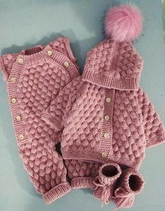 Crochet Baby Cardigan Free Pattern, Baby Boy Knitting Patterns Free, Onesie Pattern, Knitted Baby Cardigan, Baby Pullover, Knitted Baby Clothes, Baby Clothes Patterns, Knitting Baby Girl, Crochet Romper