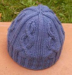 Come fare cappelli di lana - Cappellino viola