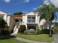 11300 Sw 13th St # 203, Pembroke Pines FL, 33025  $119,900 | 2 br, 2 ba, 1,037 sqft