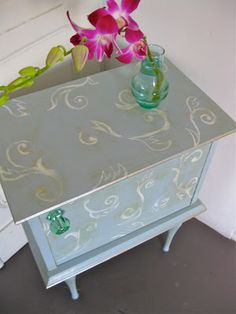 Sette Design: How To: Faded Pattern On Shabby Chic Furniture