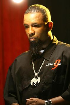 Tech N9ne. This dudes insane, but I love him! Truely the BEST rapper alive.