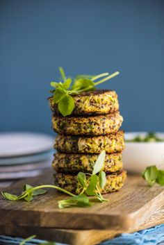 Quinoa Veggie Burgers with Avocado Tahini Dip - flavourful and packed with veggies and no processed ingredients these burgers will satisfy all carnivores.
