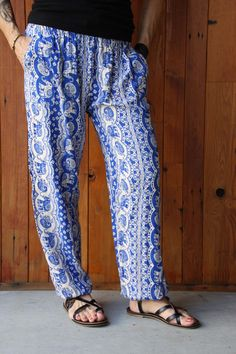 If it's hot, these are what you are looking for! Parachute Pants, Harem Pants, Blue And White, Hot, Collection, Style, Fashion, Swag, Moda