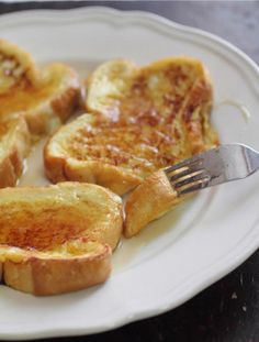 Christmas Morning Breakfast Idea: Eggnog French Toast . . . so wrong, it's right