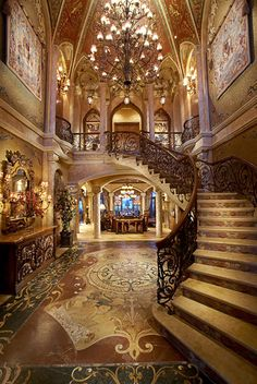 16 Of The Grandest Residential Foyers Ever Built | Homes of the Rich – The #1 Real Estate Blog