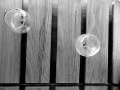 Fotografia: Lineas verticales Dominante: las lineas subdominante: copa izquierda subordinado: copa derecha