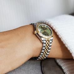 Vintage Rolex, Vintage Watches Women, Luxury Watches Women, Rolex Watches For Sale, Rolex Watches For Men, Gold Watches, Woman Watches, Nixon Watches, Seiko Watches