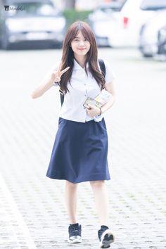 South Korean Girls, Korean Girl Groups, Kim Sejeong, School Uniform, Indian Beauty, Kpop Girls, Role Models, Asian Girl, Idol