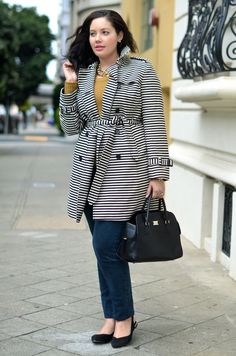 Full Collection: http://www.stylishdressing.com/girl-with-curves-an-outstanding-fashion-blog/    #Girlwithcurves #trenchcoat #Plussize  #Fashion #Fall #2012