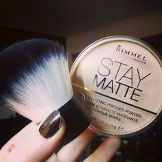 Best face powder, hands down! Dry skin though stay away !!