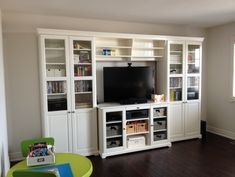Nice entertainment unit / Liatorp sideboard and console shelving Liatorp, Ikea Entertainment Units, Entertainment Center Wall Unit, Tv Shelving, Dresser With Tv, Florida Home, Home Projects, Home Furniture, Family Room
