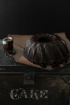 Chocolate Coffee Bundt Cake  √