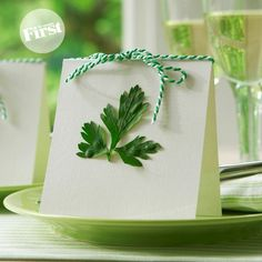 pretty herb place cards - I'm going to try this for a brunch or dinner party!