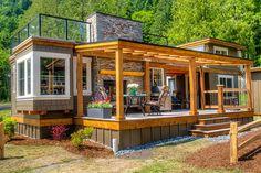 West Coast Homes | Wildwood Lakefront Cottages