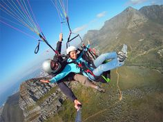 Paragliding down Table Mountain-Cape Town South Africa Tours, Cape Town South Africa, Cape Town Accommodation, Table Mountain Cape Town, Travel Center, Paragliding, Most Beautiful Cities, Best Cities, Places To Go