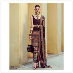 Indian Gowns Dresses, Indian Fashion Dresses, Dress Indian Style, Pakistani Dresses, Ethnic Outfits, Indian Outfits, Indian Clothes, Suit Fashion, Fashion Outfits