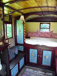 caravan interior 58054282669799344 - English Gypsy caravan, Gypsy wagon, Gypsy waggon and vardo Source by mareinemarthe Cafe Interior, Interior Styling, Interior Design, Gypsy Living, Tiny Living, Gypsy Caravan Interiors, Motorhome, Gypsy Trailer, Gypsy Home