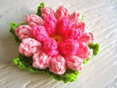 Color 'n Cream Crochet and Dream: Flower Extravagance Knit Or Crochet, Cute Crochet, Peony Flower, My Flower, Knitted Flowers, Flower Crochet, Knitting Stitches, Rose Buds, Yarn Crafts