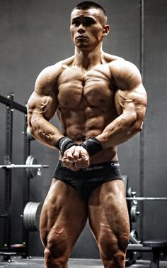 Find out what Raymond does for KILLER QUADS! http://nutritionbeast.com/2015/12/raymond-querido/