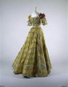 Evening dress, ca 1889 NYC, the Met Museum ~~