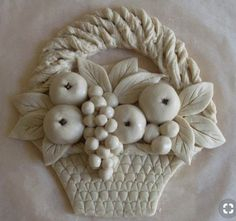Porcelain In China History Polymer Clay Flowers, Ceramic Flowers, Polymer Clay Art, Diy Clay, Clay Crafts, Salt Dough Crafts, Clay Wall Art, Plaster Art, Clay Art Projects