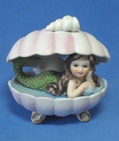 VINTAGE RETRO BISQUE FIGURINE Mermaid in pink shell