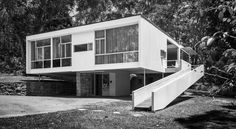 The father of Australian modernism on my blog today....  Architect: Harry Seidler (1950) Location: Wahroonga, New South Wales, Australia