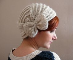 Crochet Beret with Bow. Such a cool looking beret  I wished I looked good in hats, This one is really cute