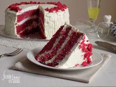 La red velvet è una torta Americana tra le più belle,famosi,buone,golosi e spettacolari che ci sono nella grande mela...