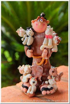 Biscuit do bem! Artesão de Florianópolis faz esculturas personalizadas com São Francisco de Assis e os peludos dos clientes! | Mãe de Cachorro