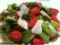 Ensalada de espinacas y parmesano