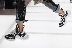 Louis Vuitton SS18 Sneakers || New Sci-Fi Sneakers Could Be Straight From Star Wars