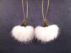 REAL Mink Fur Earrings Bright White and Brass Long par justEARRINGS