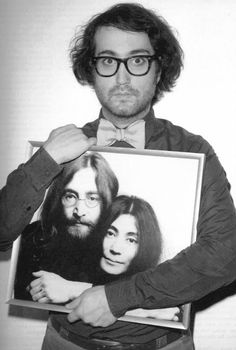 Sean Lennon w/pic of mom Yoko & John, his dad. He is an incredible multi instrumentalist who knows how to jam for hours. We had a great time. Wishing u well Sean - hberg
