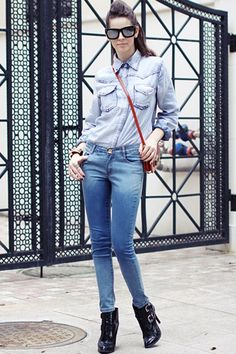Jeans made of cotton, featuring high waist, pockets to each side, all in slim fit.$58
