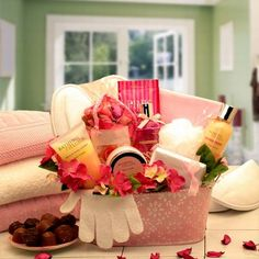 bath gift basket ideas | Bath and Body Gift Basket | Spa Gifts | Gifts Ideas for Her ...
