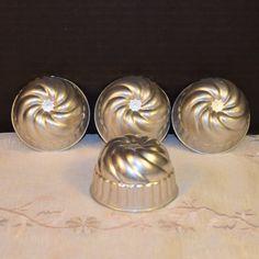 Mini Bundt Molds Set of 4 Vintage Swirl by ShellysSelectSalvage