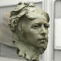 Joanna M Allen artist. Still working out this one . Sculpture Head, Sculptures Céramiques, Pottery Sculpture, Ceramic Sculpture Figurative, Figurative Art, Fall Background Wallpaper, Outdoor Garden Statues, Sculpture Projects, Terracota