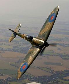 #Spitfire #RAF