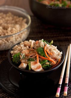 An easy-to-throw-together chicken stir fry using a spicy, bottled Szechuan stir-fry sauce and canned Chinese vegetables. Add your favorite fresh vegetables and you have a meal your family will ask for often. Best Chicken Recipes, Asian Recipes, Chinese Vegetables, Fresh Vegetables, Stir Fry Recipes, Cooking Recipes, Chicken Stir Fry, Delicious Dinner Recipes, Soup And Salad