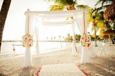 Wedding Set Up Flamingo Beach Renaissance Private Island Aruba Weddings Best