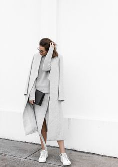 minimalismco:  minimalist lifestyle goods delivered to you quarterly. join and enter to a free package @ minimalism.co