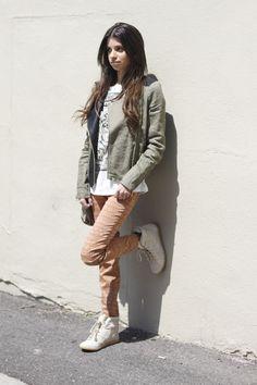 Wear #zara head to toe! #tiger tee #aztecprintjeans #blogger #nyblogger #fashionblogger #fashionroll #style