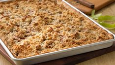 Slab Pie Make apple pie for a crowd with this streamlined, streuseled version of the classic American favorite.Make apple pie for a crowd with this streamlined, streuseled version of the classic American favorite. 13 Desserts, Apple Desserts, Apple Recipes, Fall Recipes, Delicious Desserts, Dessert Recipes, Yummy Food, Simply Recipes, Pastries Recipes