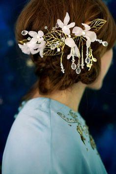Peigne mariée fleur de lune la valeur or de dangle cristal perles feuille argent