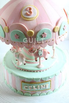 My first time making a carousel cake… so tense..but i learned a lottt… and it came out really sweet i think… :)