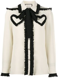 You'll find a great selection of designer blouses at Farfetch. Search from over 2000 designers & hundreds of boutiques for the perfect designer blouse Ruffle Collar Blouse, White Ruffle Blouse, Ruffle Shirt, Gucci Outfits, Fashion Outfits, Moda Peru, Pretty Outfits, Cute Outfits, Stage Outfits