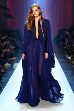 Jean Paul Gaultier Fall 2018 Couture Fashion Show Collection: See the complete Jean Paul Gaultier Fall 2018 Couture collection. Look 53