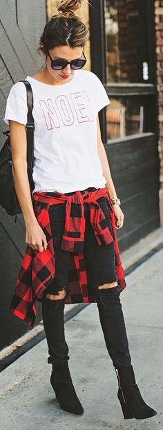 plaid. white + red 'noël' printed t-shirt by hello fashion.