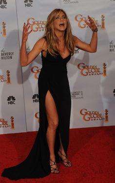Jennifer Aniston Dress, Brad Pitt Jennifer Aniston, Brad Pitt And Jennifer, Jennifer Aniston Pictures, Jenifer Aniston, Golden Globe Award, Golden Globes, Latest Celebrity Gossip, Celebrity Style